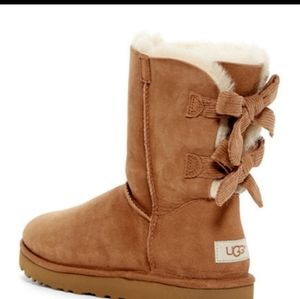 Ugg Bailey Corduroy bow chestnut boots 9